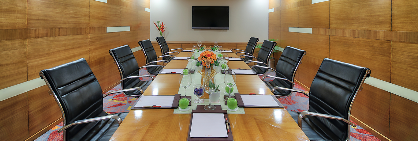 book conference room in gurgaon, meeting rooms in gurgaon, conference halls in gurgaon, training rooms in gurgaon, meeting hall in gurgaon, meeting place in gurgaon, hotels in gurgaon,seminar halls in gurgaon